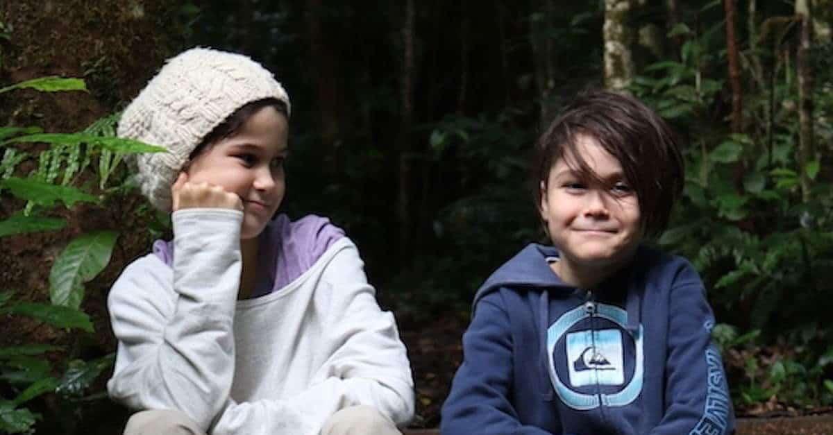Earthschooling kids