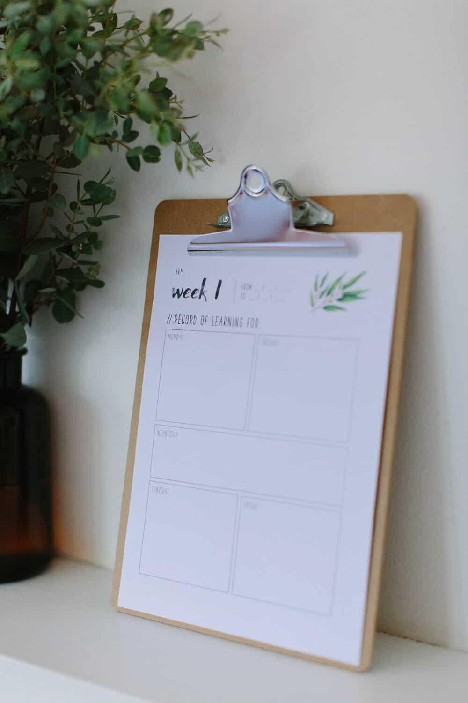 daily desk calendar template